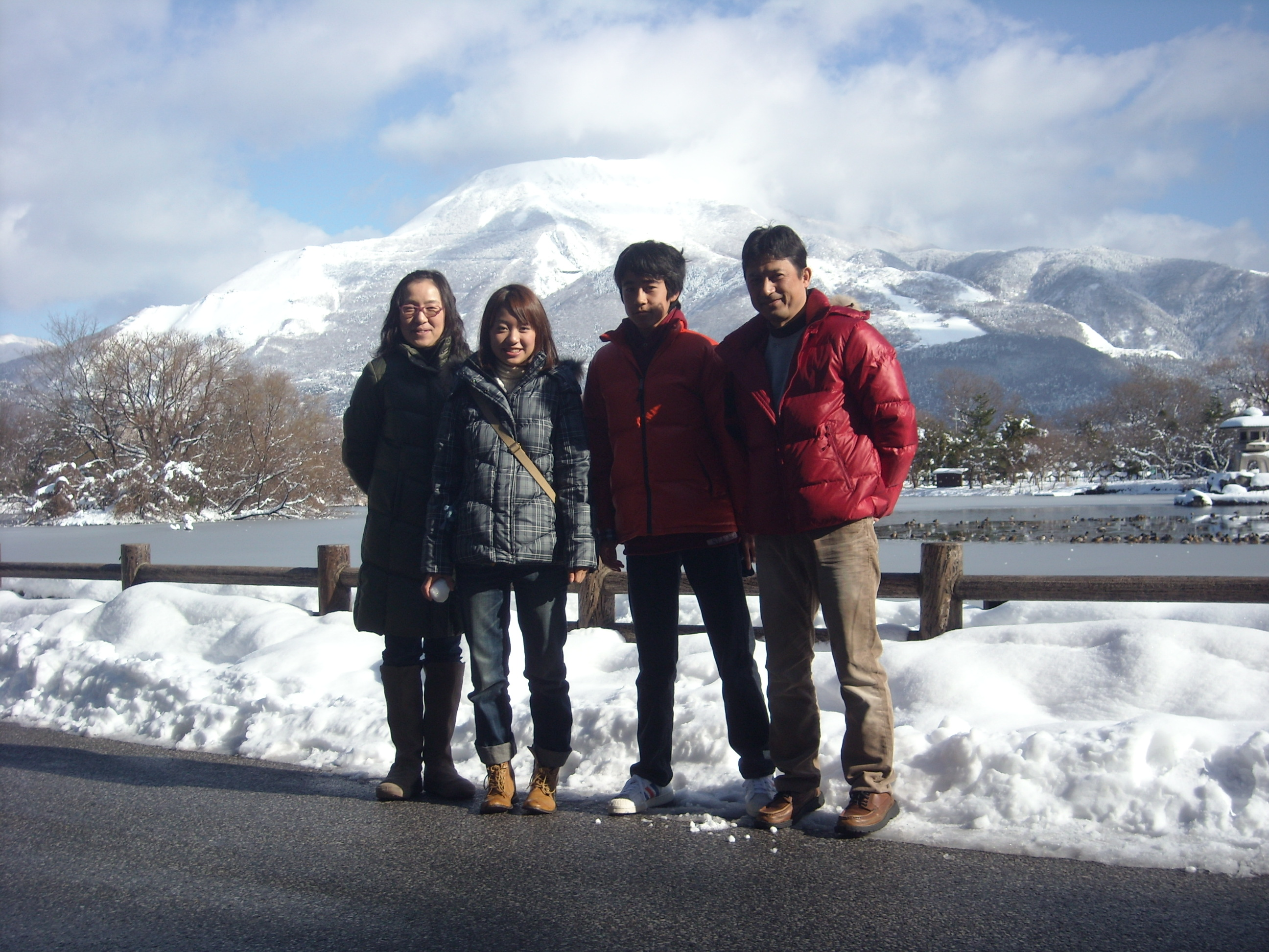 A family photo from a New Year's trip, taken in Maibara city, Shiga. Photo courtesy: Mizuki Ogi